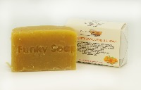 1 PIECE COCOA BUTTER AND CALENDULA SOAP, HANDMADE AND NATURAL, APPROX 65G
