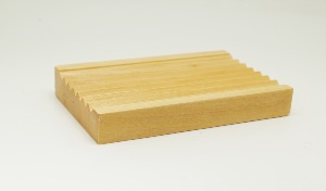 HEMU WOOD CORRUGATED SOAPDISH