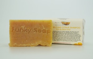 1 PIECE CAMOMILE & CITRUS SOLID SHAMPOO BAR FOR BLONDE HAIR, NATURAL & HANDMADE, APPROX. 65G